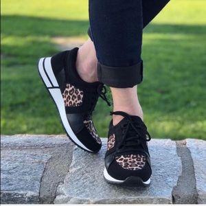 Size 8 Soda Leopard Sneaker